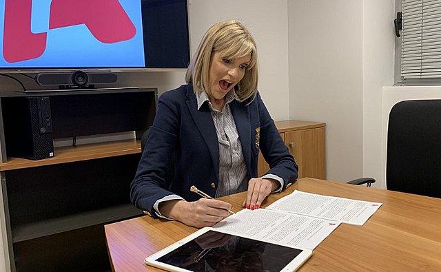 Είναι επίσημο: H Σάσα Σταμάτη υπέγραψε με τον Alpha - Σε ποια εκπομπή θα βρεθεί;