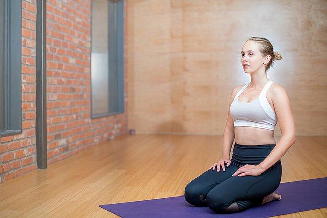 Θέλεις να ξεκινήσεις pilates; Ιδού όλα όσα πρέπει να γνωρίζεις