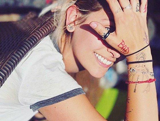 Οι συγκινητικές ιστορίες πίσω από τα tattoo 7 διάσημων γυναικών