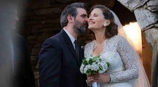 Άγριες Μέλισσες - spoiler: Σας έχουμε τις πρώτες εικόνες από τον γάμο της Βιολέτας και του Μιλτιάδη