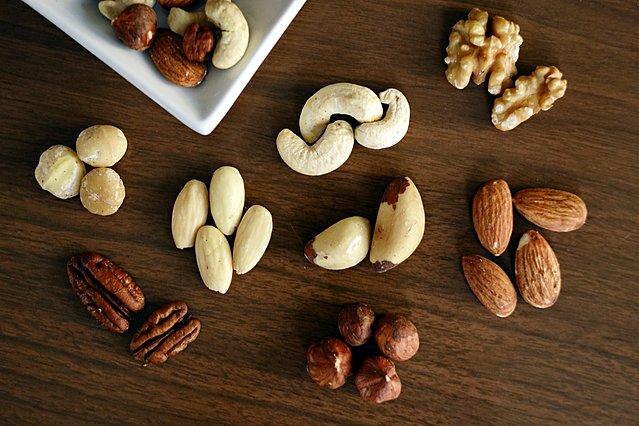 Ποιοι είναι οι πιο υγιεινοί ξηροί καρποί για το σώμα σου και πώς να τους καταναλώνεις