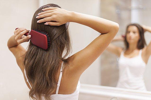 Κάθε πότε πρέπει να αλλάζεις βούρτσα μαλλιών;