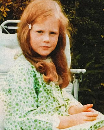 Quiz: Αναγνωρίζεις ποια διάσημη, βραβευμένη με Όσκαρ ηθοποιός είναι η μικρούλα της φωτογραφίας;