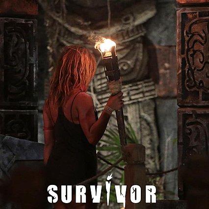 Survivor: Η Ελευθερία Ελευθερίου αποχώρησε με δάκρυα και ένα τραγούδι [video]