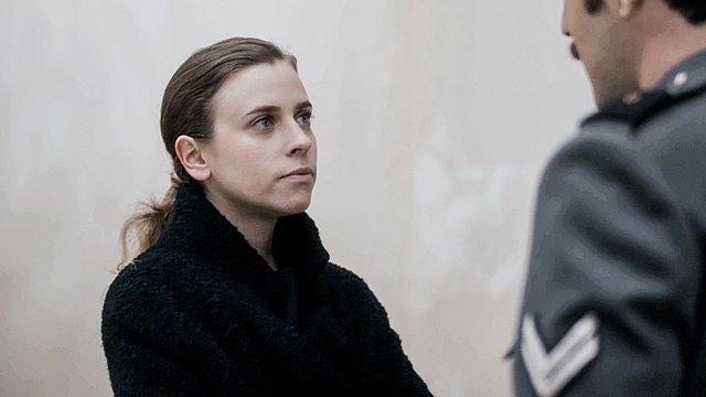 «Άγριες Μέλισσες»: Η Σοφούλα γνωρίζει την αδελφή του Βόσκαρη και αλλάζει η ζωή της - Ποια ηθοποιός την ερμηνεύει