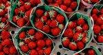 Το λαθος που (μάλλον) κάνεις όταν καθαρίζεις φράουλες