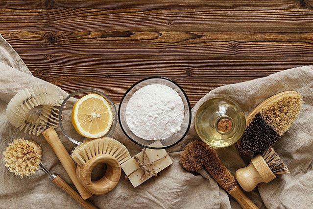 Όλοι οι τρόποι με τους οποίους μπορείς να χρησιμοποιήσεις τη μαγειρική σόδα να για καθαρίσεις