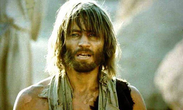 «Ο Ιησούς από τη Ναζαρέτ»: Αγνώριστος σήμερα στα 79 του χρόνια ο ηθοποιός που υποδυόταν τον Ιωάννη τον Βαπτιστή