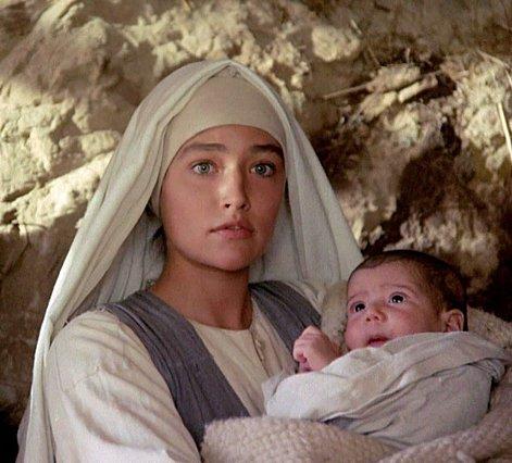 Olivia Hussey: Οι τρεις σύζυγοι (ο ένας τους γιος θρύλου του Hollywood), τα τρία παιδιά, ο καρκίνος και η αγοραφοβία της  Παναγίας  του Zeffirelli [photos]