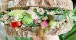 Υγιεινό σάντουιτς με τονοσαλατα σε μόλις 10 λεπτά
