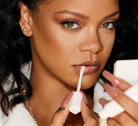 Rihanna: Ήρθε η επιβεβαίωση για τη σχέση της