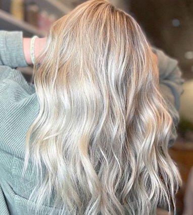 3 εύκολοι τρόποι να κάνεις beach waves στα μαλλιά σου