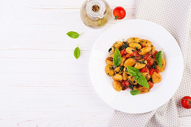 Η συνταγή για νιόκι με ρικότα και ντομάτα