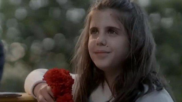 Άγριες Μέλισσες: Το κοριτσάκι που έπαιξε στη σειρά είναι πραγματική κόρη ενός από τους πρωταγωνιστές