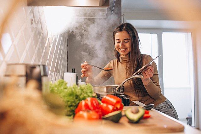 Πώς να μαγειρεύεις σαν επαγγελματίας σεφ στο σπίτι