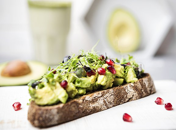 Ο λόγος που αξίζει να φας ένα αβοκάντο toast σήμερα