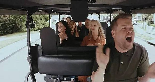 Friends: Τα  Φιλαράκια  κάνουν CarPool Karaoke με τον James Corden και οι fans τρελαίνονται [video]