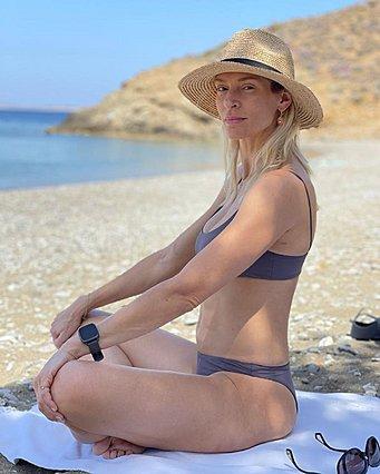 Η Ζέτα Δούκα και η κυτταρίτιδά της στην παραλία - Η ανάρτηση που αφυπνίζει
