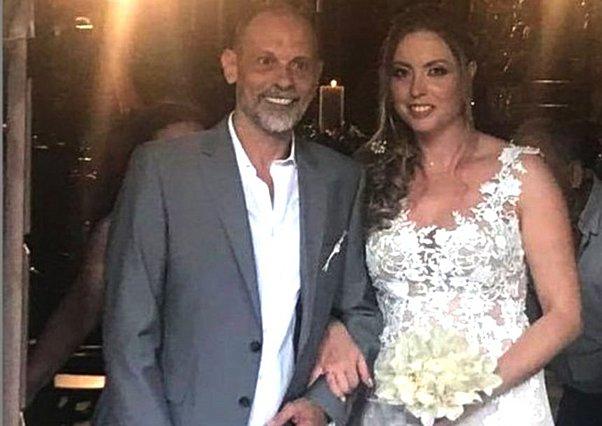 Τζώνυ Θεοδωρίδης: Έγινε ξανά μπαμπάς στα 59 του χρόνια