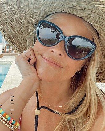 Reese Witherspoon: Το tip της για το τέλειο σώμα τώρα το καλοκαίρι είναι μια σκέτη έμπνευση!