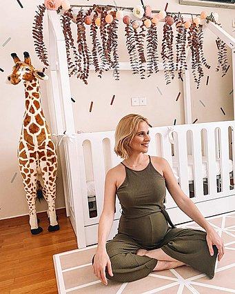Γέννησε η Νάντια Μπουλέ - Εικόνες από το δωμάτιο της κόρης της