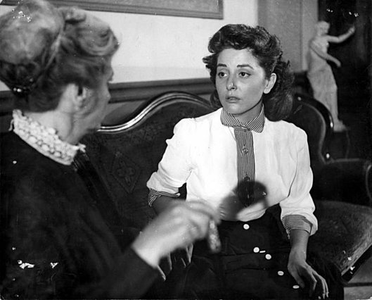 Πέθανε η Γκέλυ Μαυροπούλου - Ξέρεις ποιοι διάσημοι ηθοποιοί ήταν οι γονείς της;