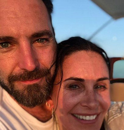 Courteney Cox: Με το σύντροφό της στο σπίτι της  Μόνικα