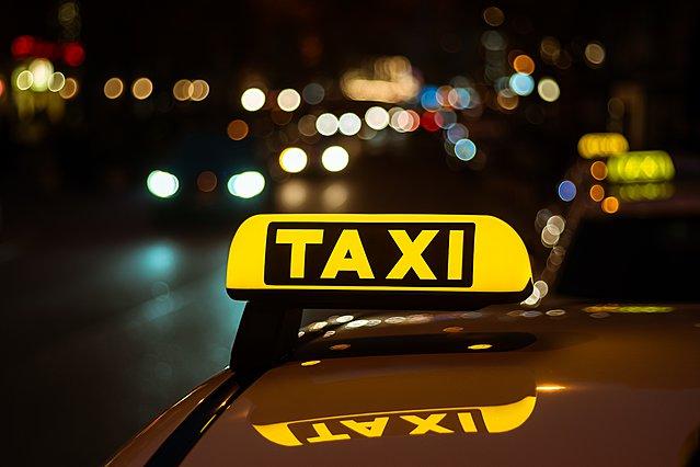 Γνωστή δημοσιογράφος δέχθηκε επίθεση από οδηγό ταξί επειδή ζήτησε απόδειξη