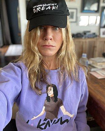 Jennifer Aniston: Μοιράστηκε μια ημίγυμνη φωτογραφία του πρώην συζύγου της και προκάλεσε πανικό