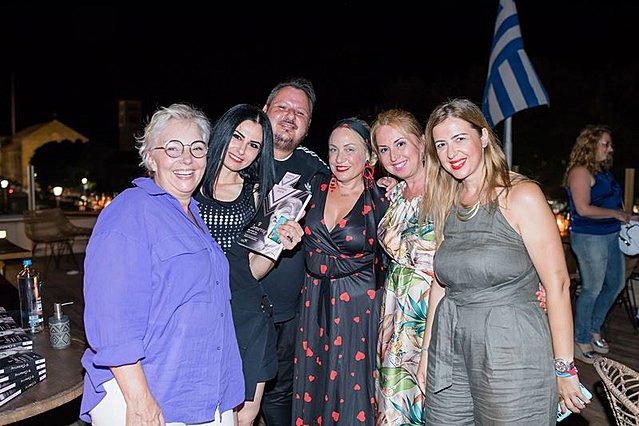 «Η Αντιστάρ» του Γιάννη Βίτσα: Μία βαθιά συγκινητική βραδιά στο νησί των Iπποτών! [Φωτογραφίες]