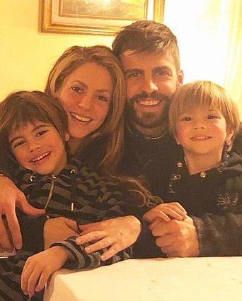 Shakira: Παιχνίδια στην πισίνα με τους γιους της - Δες πόσο έχουν μεγαλώσει