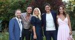 Ελένη Μενεγάκη: Η πρώτη επίσημη φωτογραφία της ομάδας και η ανακοίνωση για την πρεμιέρα