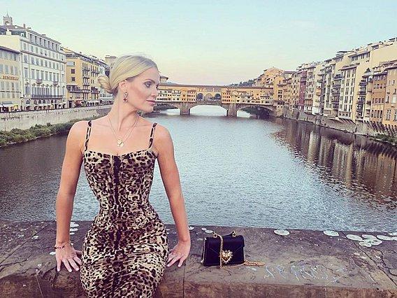 Λαίδη Kitty Spencer: Η ανιψιά της πριγκίπισσας Diana λατρεύει την Ιταλία και τη μόδα - Οι φωτογραφίες της το αποδεικνύουν περίτρανα