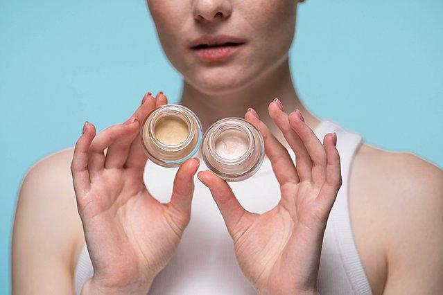 Concealer: Πώς να το χρησιμοποιήσεις για να έχεις το ιδανικό αποτέλεσμα σε κάθε ατέλεια του δέρματος σου