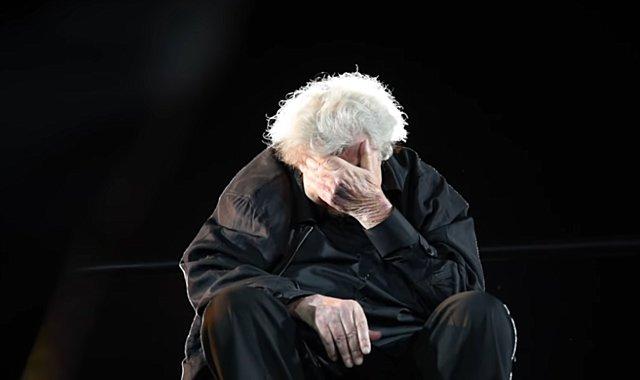 Όταν ο Μίκης Θεοδωράκης είπε το δικό του  αντίο  στη σκηνή [video]