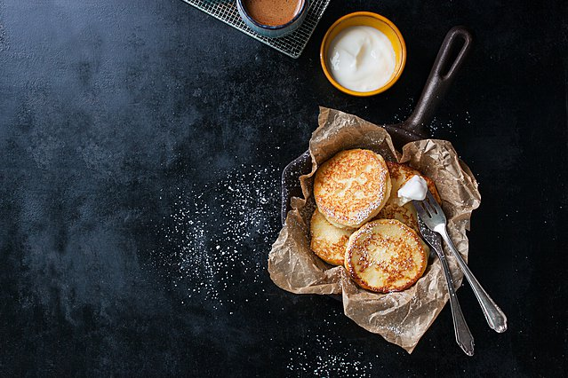 Η συνταγή για pancakes με σοκολάτα και μπανάνα