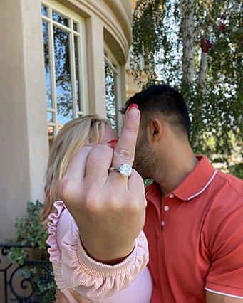 Αρραβωνιάστηκε η Britney Spears: Οι προκλητικές αναρτήσεις και η αποκάλυψη για το προγαμιαίο συμβόλαιο