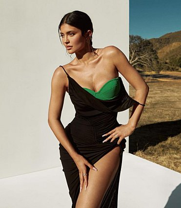 Πώς να φτιάξεις την viral σαλάτα της Kylie Jenner