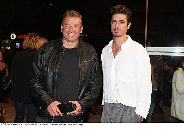 <p>Ο Γιώργος Λιάγκας και ο Δημήτρης Γκοτσόπουλος κατά την avant premiere προβολή του πρώτου επεισοδίου της σειράς Άγριες Μέλισσες</p>