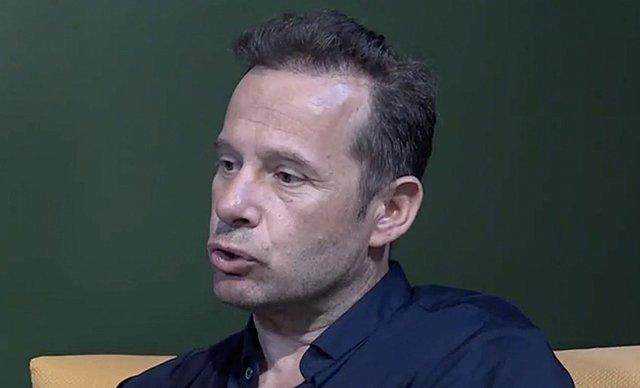 Γιώργος Πυρπασόπουλος:  Κινδύνευσα να χάσω τη ζωή μου με το ξενύχτι και τις καταχρήσεις