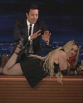 Η Madonna αποκαλύπτει το πράγμα για το οποίο μετανιώνει περισσότερο στη ζωή της - «Ήθελα να αυτοκτονήσω», παραδέχτηκε [video]