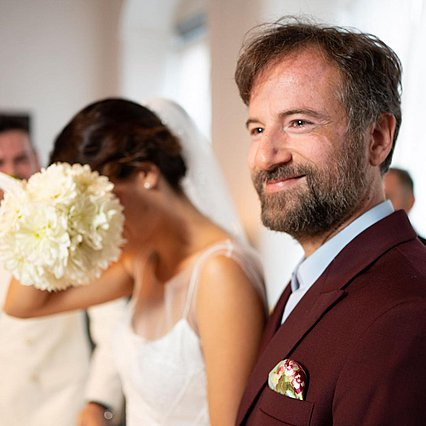 Τόνια Σωτηροπούλου: Ιδού ποιος έπιασε την ανθοδέσμη στον γάμο της [photos]